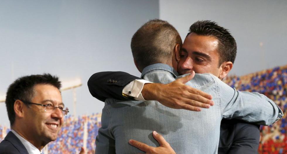 El Barcelona le dio una emotiva despedida institucional a Xavi Hernández. (Reuters)
