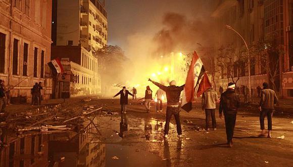 Los enfrentamientos comenzaron desde anoche. (Reuters)
