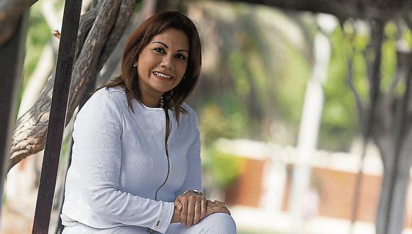 """""""No tengan miedo, atrévanse a hacer las cosas. Y háganlo a su estilo, recuerden que son únicas"""". (Perú21)"""