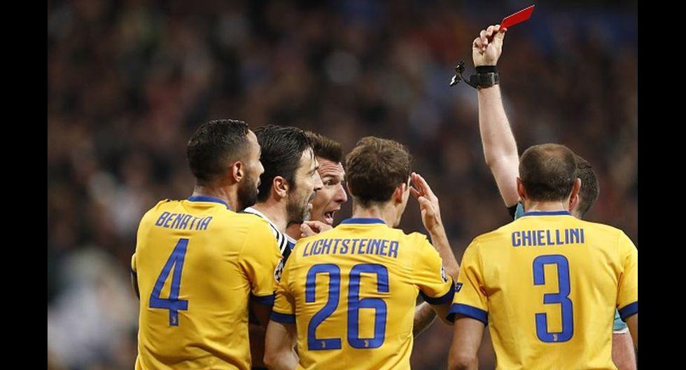 Buffon fue expulsado del partido en los minutos finales. (Getty Images)