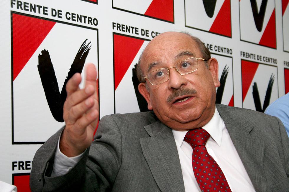 Valentín Paniagua Corazao, candidato presidencial por la alianza Frente de Centro (Acción Popular, Somos Perú y CNI). 2006 (Foto: GEC Archivo)