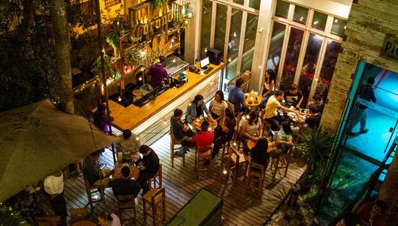 El 92% está en desacuerdo con que se reabran bares y discotecas por contagio de COVID-19.