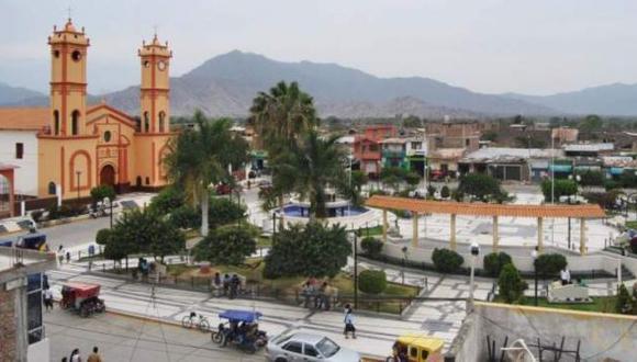 Iglesia antigua y casa rústicas fueron las más afectadas por el temblor. (USI)