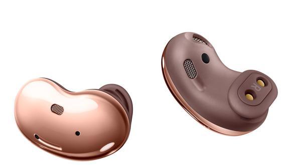 Los Samsung Galaxy Buds Live tienen forma de frijol y son audífonos inalámbricos muy cómodos. (Foto: Samsung)