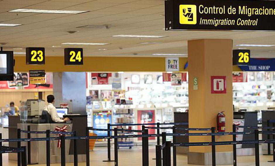 Detienen a ecuatoriano por trata de menores en el aeropuerto Jorge Chávez. (USI)