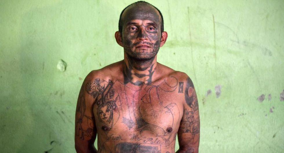 En el sector Uno del Penal de Apanteos, una prisión de mediana seguridad en Santa Ana, hay presos con edades de entre 24 y 48 años, purgando condenas por homicidio, tráfico de drogas y extorsión.(AFP)