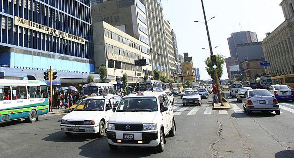 Centro de Lima: Rehabilitan asfalto de la avenida Abancay. (USI)