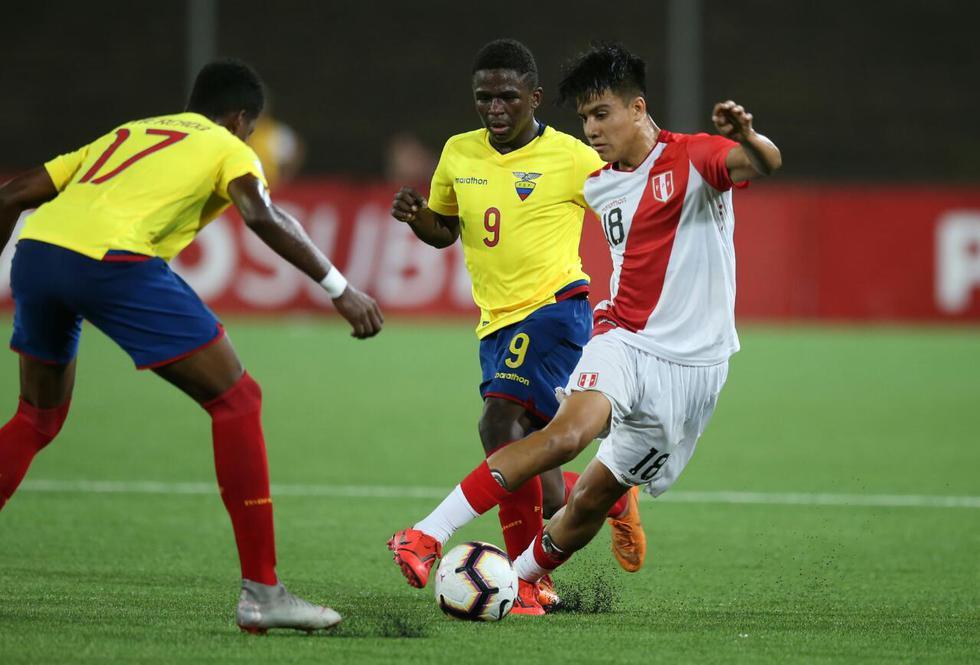 Perú vs Ecuador por el hexagonal final del Sudamericano Sub 17. (Fernando Sangama / GEC)
