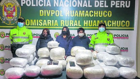 """La Libertad: Tres de los cuatro intervenidos serían miembros de la organización criminal """"Los Traqueteros de Villa El Salvador"""". (Foto: PNP)"""