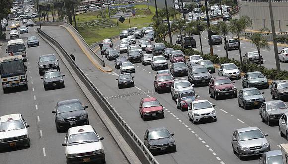 ¿Retraso? Protransporte había anunciado eje vial en la avenida Javier Prado para agosto. (César Fajardo)