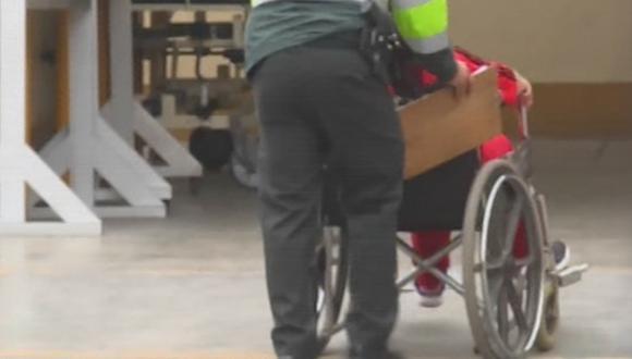 La víctima permanece internada en el hospital de Puente Piedra. (Foto: Captura/América Noticias)