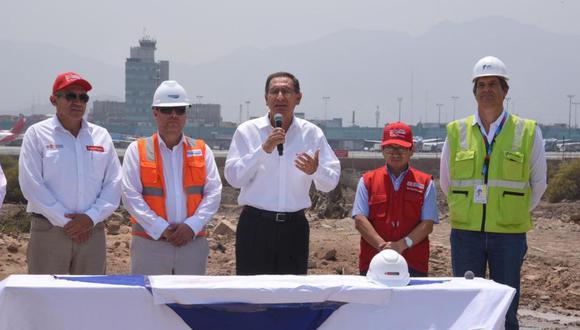 El presidente Martín Vizcarra respondió preguntas de la prensa en el Callao. (Foto: Difusión)