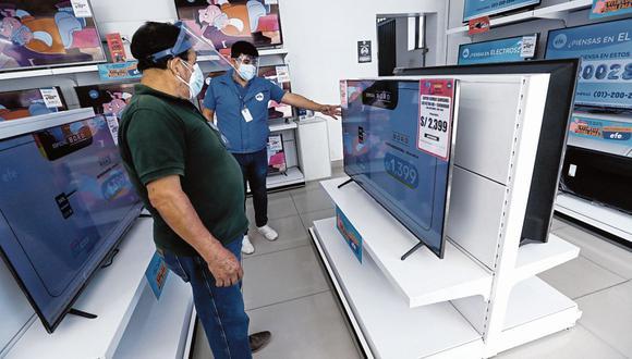 Compras de televisores, en su gran mayoría, son con tarjetas de crédito, según Mercado Libre. (Foto: GEC)
