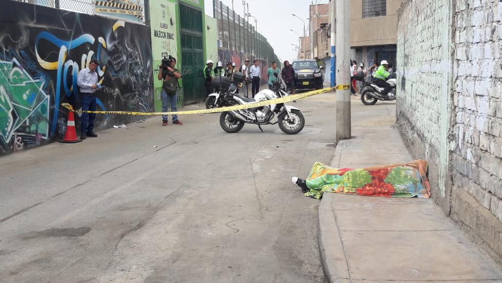 Hallan cadáver de mujer en vía pública. (Joseph Ángeles/GEC)