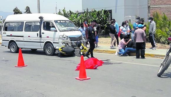 Lambayeque: los dos familiares fallecidos se movilizaban a bordo de la motocicleta, la cual era conducida por la fémina. (Foto: GEC)