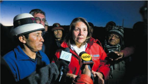 Ministra Paola Bustamante en el último diálogo con Gregorio Rojas ocurrido el 12 de abril (Midis).
