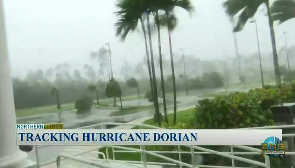 Huracán Dorian golpea con fuerza en Bahamas. (Foto: Captura AFP)