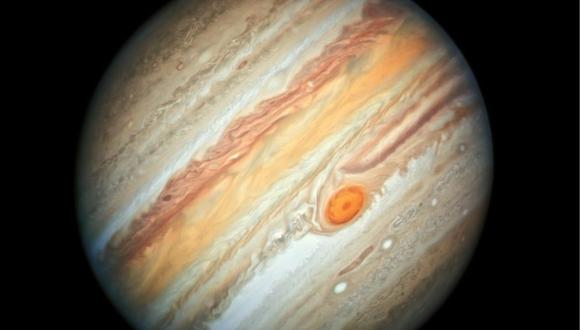 NASA: ¿Qué fue lo que chocó contra Jupiter y que fue captado por accidente por un fotógrafo? Créditos: NASA, ESA, A. Simon