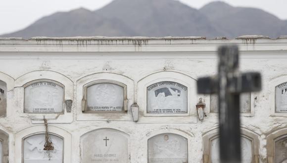El número de fallecidos por COVID-19 se incrementó este miércoles. (Fotos: Violeta Ayasta / @photogec)