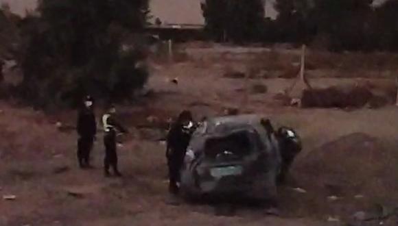 Tacna: el patrullero terminó destrozado y a unos 30 metros de la citada carretera. (Captura de video: Radio Uno)