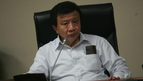 Enrique Wong no dio más detalles de su renuncia. (Perú21)