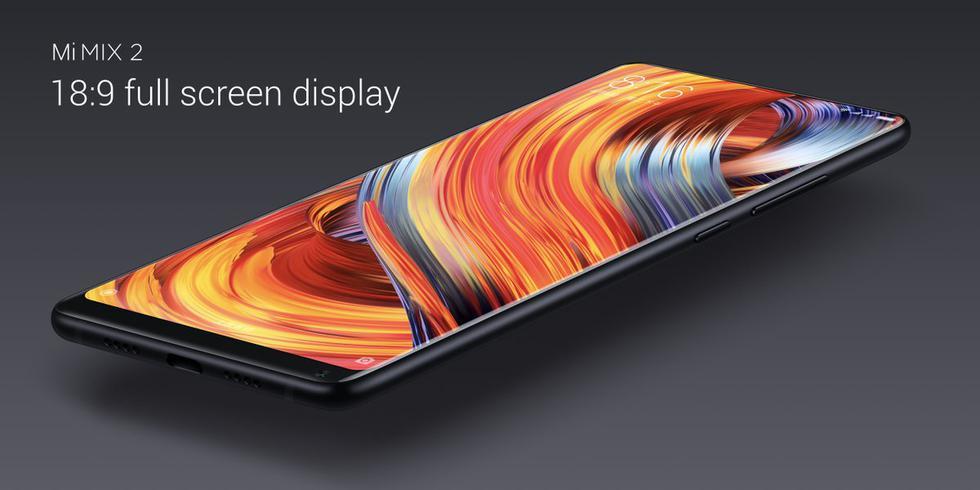 Desde hace meses corre el rumor de un nuevo smartphone Xiaomi Mi MIX 2, el sucesor del teléfono que innovo con retirar los bordes de la pantalla. Ahora, la presentación del Mi MIX 2S estaría cerca de llegar. (Xiaomi)