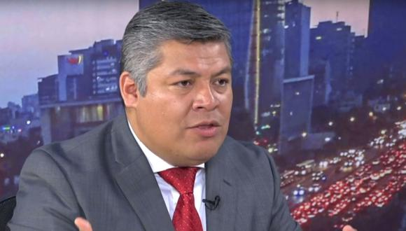 El constitucionalista Luciano López se pronunció a favor de una reforma parcial de la Constitución de 1993. (@photo.gec)