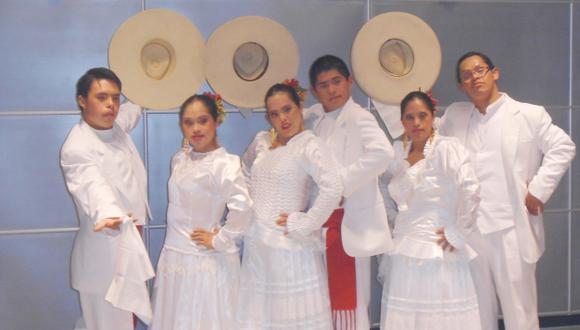 Asociación Peruana de Cultores de la Marinera presenta el espectáculo. (USI)