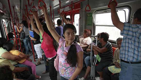 Las pruebas con público en el Tren Eléctrico se iniciaron ayer, martes, tras 28 años. (Perú21)