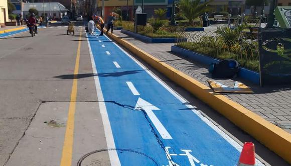 Pintan ciclovías en calles de Puno para promover el uso de bicicletas.