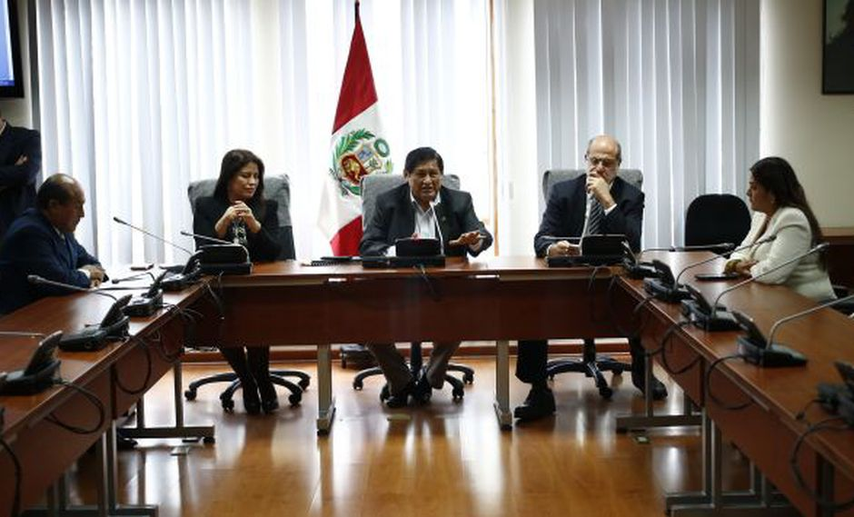 Comisión investigadora del caso Lava Jato amplía lista de personas y empresas a las que se levantó el secreto bancario. (Perú21)