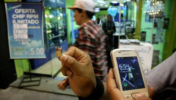 NEGLIGENTES. Omisión en venta de chip favorece a la delincuencia. (Perú21)