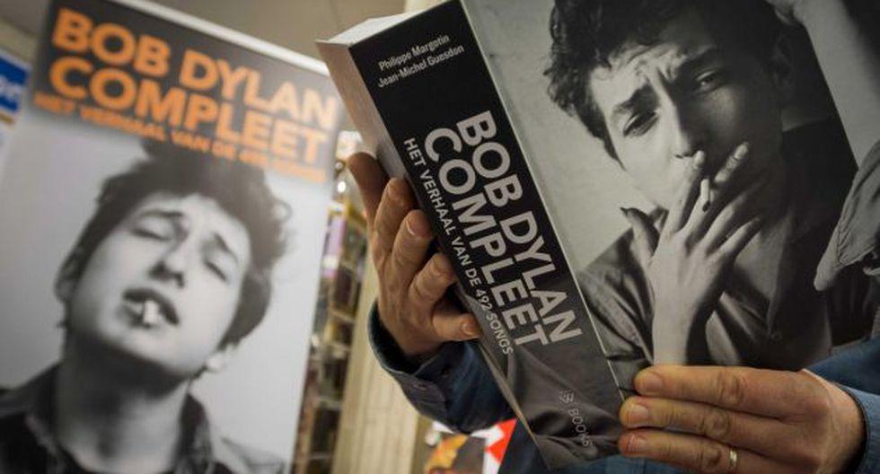 El premio Nobel de Literatura 2016, Bob Dylan, aún no es informado oficialmente de que ganó el Nobel (Efe).