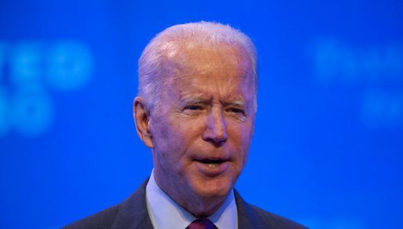 El candidato presidencial demócrata y ex vicepresidente Joe Biden pronuncia un discurso en un teatro local en Wilmington, Delaware, el 27 de septiembre.  (Foto: ROBERTO SCHMIDT / AFP)