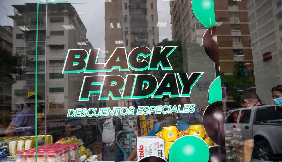 El último viernes de este mes, miles de marcas se sumarán al 'Black Friday', donde ofrecerán descuentos y ofertas especiales a todos los consumidores que esperan el tan ansiado evento. (Foto: EFE)