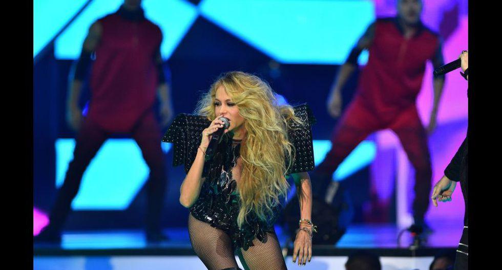 Paulina Rubio reapareció tras dar a luz en los Premios Billboard. (EFE)