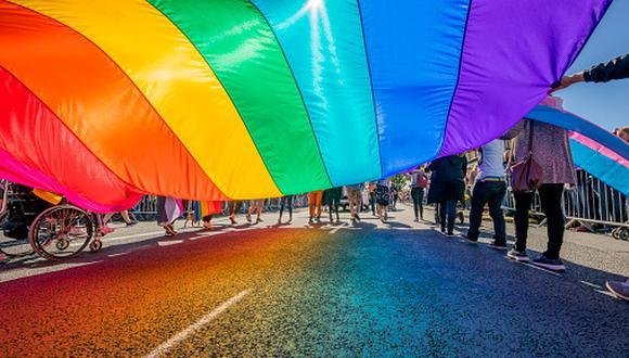 """""""En la celebración del orgullo es importante ser uno mismo, celebrar no tener que esconderse ni sentir vergüenza ni miedo por ser uno mismo"""", señaló Jorge Chávez, director del MHOL. (Foto: Getty Images)"""
