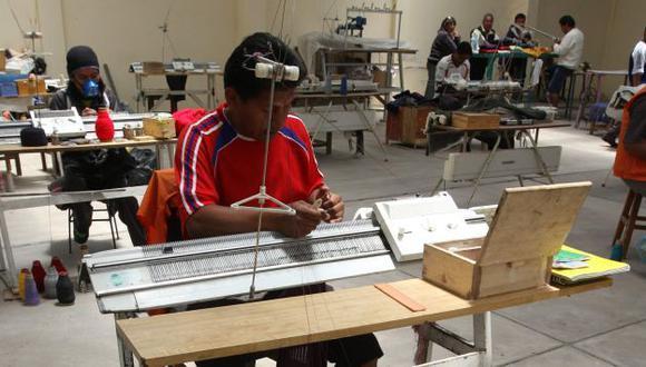 Trabajadores independientes conocerán si acceden a nuevo bono. (Foto: Heiner Aparicio)