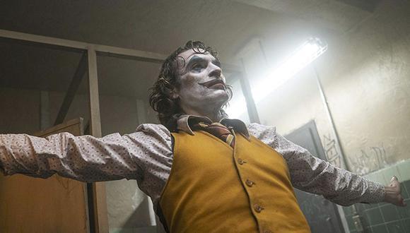 """Escena del baño en """"Joker"""" no estaba escrita en el guion original, Joaquin Phoenix improvisó.  (Foto: Warner Bros.)"""