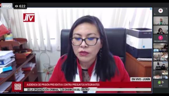 Fiscal Bonnie Bautista sustenta pedido de prisión preventiva contra investigados. (Foto: Captura)