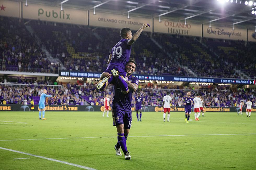 Yoshimar Yotún se posicionó frente al balón desde los doce pasos y cambió un penal por gol gracias a una correcta definición, luego del adelanto visitante decretado por Ethan Finlay (12'). (GETTY IMAGES)