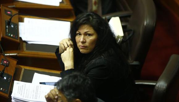 """Yesenia Ponce es una de los congresistas fujimoristas declarados """"traidores"""" en Santa. (Perú21)"""