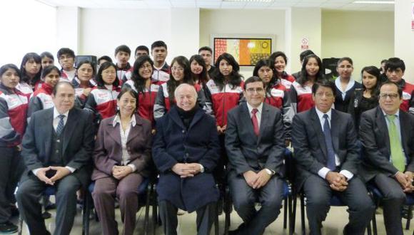 Futuros estudiantes. (USI)