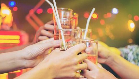 Devida: Mezcla de alcohol con bebidas energizantes puede ser letal. (Getty Images)