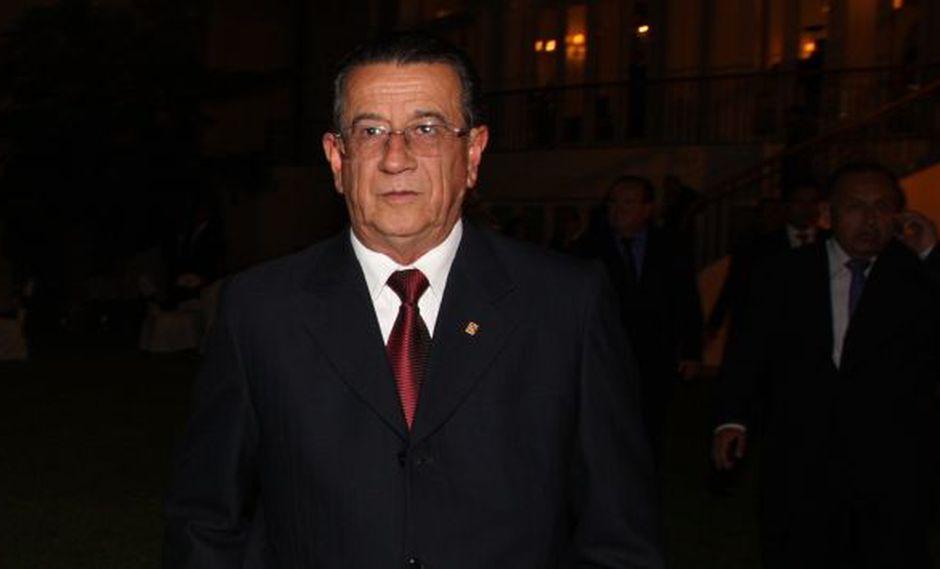 Martín Pérez hizo exhortación a Lelio Balarezo para que se ponga a derecho. (Gestión)