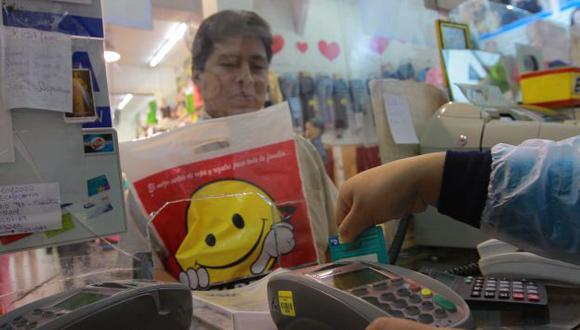 ¿COMPULSIVOS? Mayoría de peruanos no utiliza todo su crédito. (USI)