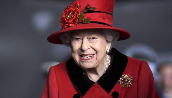 Isabel II del Reino Unido será la primera monarca británica en celebrar un Jubileo de Platino. (Foto: Steve Parsons / POOL / AFP)