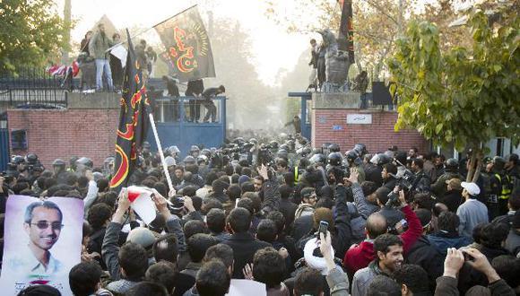 Respuesta británica por ataque de su embajada en Irán no se hizo esperar. (Reuters)