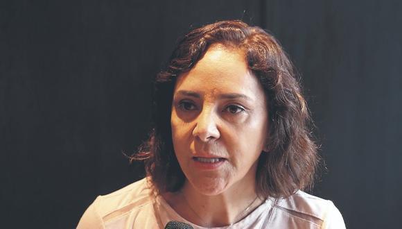 La directora legal y de Asuntos Corporativos de Backus, María Julia Sáenz, explica cómo esta empresa impulsa el respeto por los protocolos y la importancia de generar confianza en los peruanos.