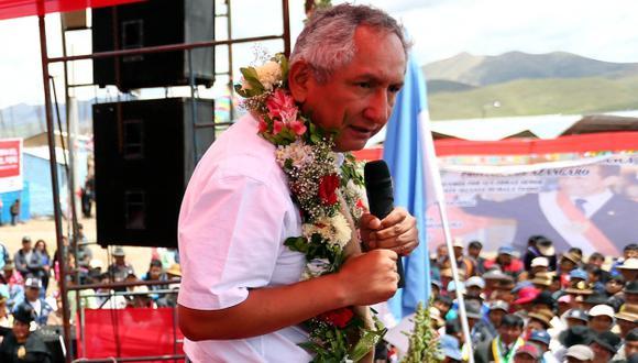 Premier René Cornejo aseguró que salario mínimo está en agenda. (Andina)
